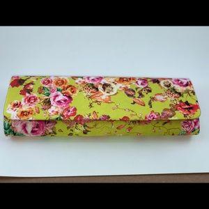 Lulu Townsend Floral Clutch